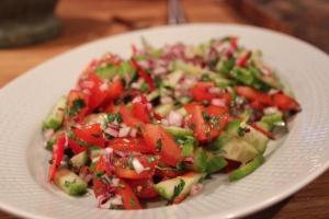 Indisk sallad på gurka lök och tomat